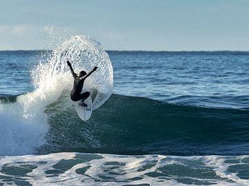 Surfer van Esther Bakker-van Aalderen