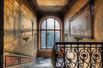 Urbex trappenhuis in kasteel sur Henny Reumerman