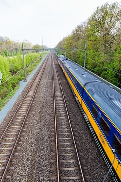 Rijdende trein nabij Onnen sur Arline Photography