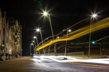 Lelystad Haven in de nacht met lange sluitertijd van Guido van Veen