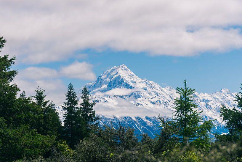 De bergtop van Mount Cook in Nieuw-Zeeland van Linda Schouw