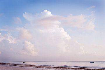 Mombassa kust zonsondergang van Lotje Hondius