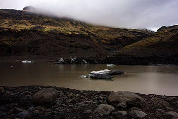 Solheimajokull Gletsjer meer Ijsland  van Leanne lovink