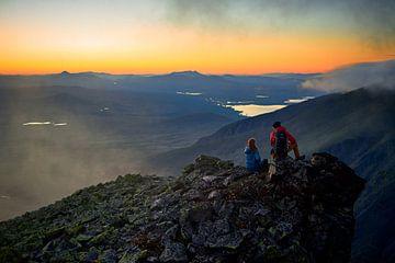 Sonnenuntergang in Norwegen von Bram Berkien