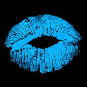 Blue Kiss on black