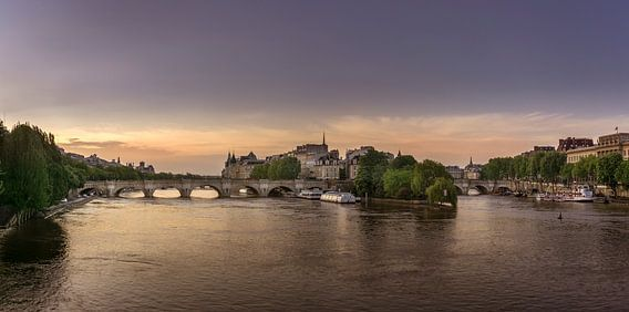 Pont Neuf bij zonsopkomst