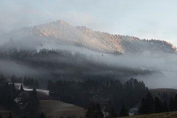 mistige bergen von Guido Akster