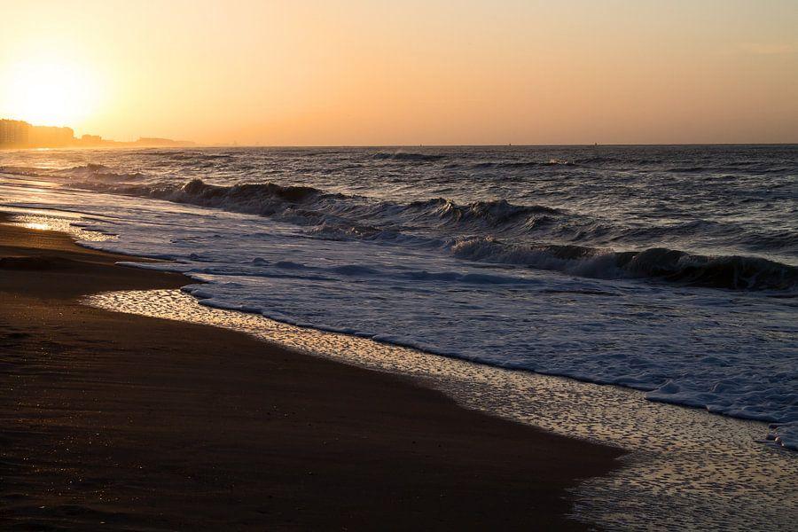 Zonsondergang Noordzee - Sunset North Sea van Arlette Peeters