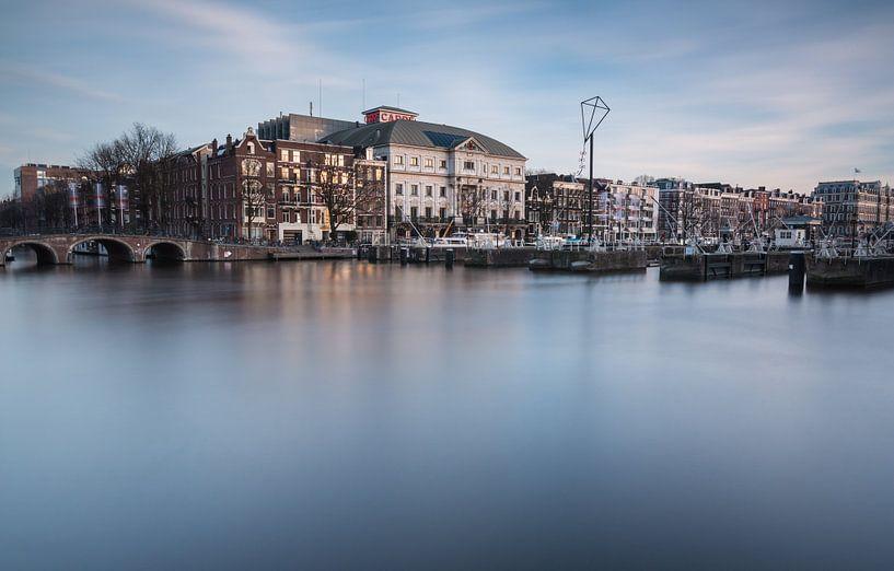 Theater Carré aan de Amstel. van Ilya Korzelius