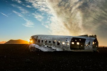 Solheimasandur Flugzeugwrack in Island von Dieter Meyrl
