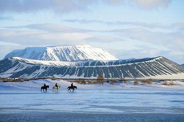 Reiter auf dem zugefrorenem See