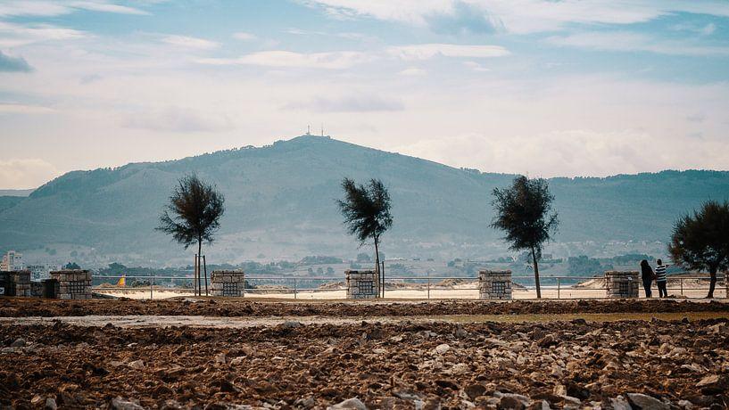 Peñacabarga vanaf Península de la Magdalena van Paul Poot