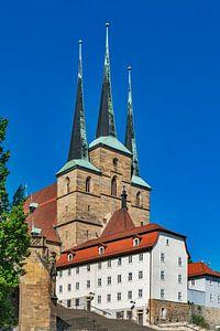 Severikerk op de heuvel van de kathedraal in Erfurt