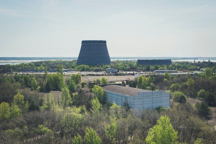 Koeltorens in Tsjernobyl  van Perry Wiertz