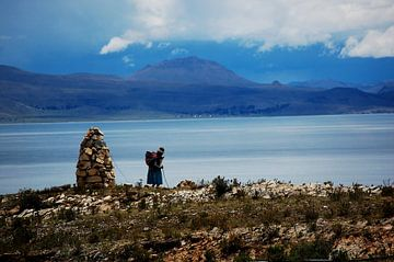 Handelsvrouw op Isla del Sol von Suzanne Roes