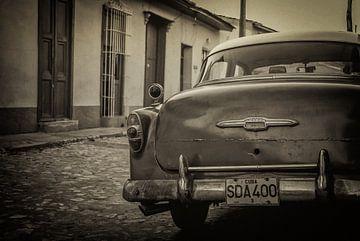 Oldtimer in the streets of Havana, Cuba sur