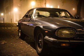 Jaguar XJS in de nacht van Sjoerd van der Wal