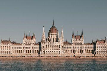 Das Parlamentsgebäude von Budapest von Sophia Eerden
