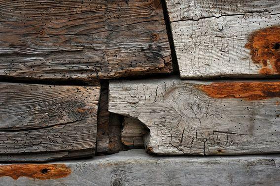 Old Wood Bryggen III van Cor Ritmeester