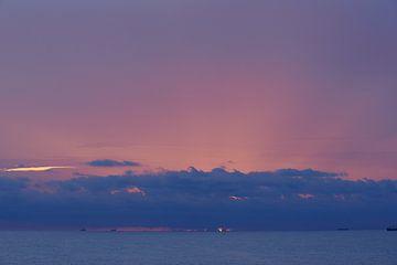 Sunset over atlantic Ocean van Maarten Heijkoop