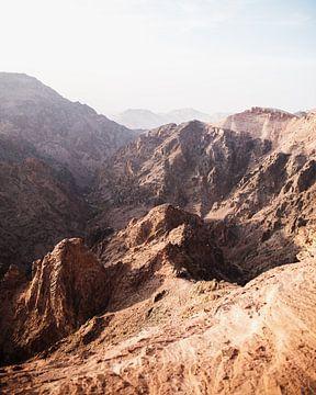 Bergen in Jordanië van Dayenne van Peperstraten