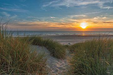 Sonnenuntergang an der Nordsee von Wim Kanis
