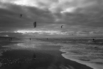 Kite surfing von Maarten Kooijenga
