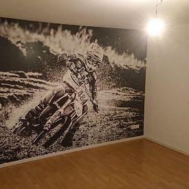 Kundenfoto: Motorcrosser auf Geschwindigkeit durch die Kurve von Karel Pops, auf fototapete