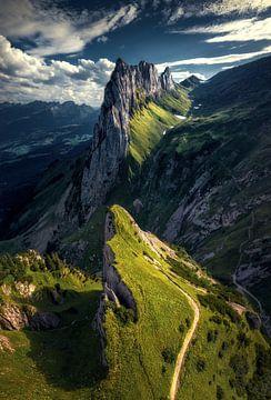 Der Hahnenkamm-Berg in der Schweiz von Niels Tichelaar