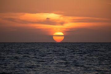 Sonnenuntergang auf dem IJsselmeer von Harmke Kramer Post