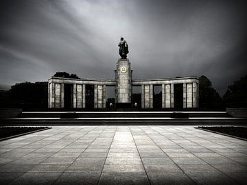 Berlin – Sowjetisches Ehrenmal Tiergarten von Alexander Voss
