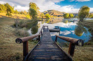 Sonnenaufgang an einem kleinen See irgendwo im Osten Südafrikas von Claudio Duarte