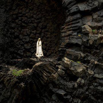 Maria op Madeira van Arina Keijzer