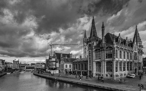Stadsbeeld van Gent in zwartwit van