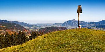 Oberstdorfer Becken mit Nebelhorn im Oberallgäu von Reiner Würz / RWFotoArt