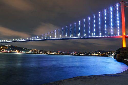 Istanbul Bosphorus van