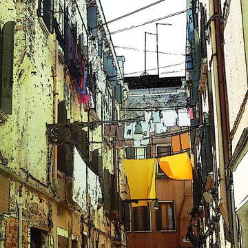 wasgoed aan de lijn tussen huizen  in Venetië, Italië van Joke te Grotenhuis