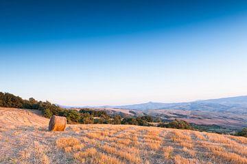 Hooibaal in het Toscaanse landschap sur Damien Franscoise