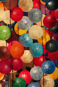 Light balls van Julio Peironcely