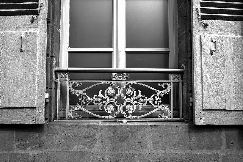 Balkonnetje Charleville-Mézière, Frankrijk van Vincent de Moor