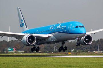KLM Dreamliner landet auf Polderbaan Schiphol von Robin Smeets