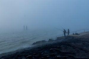 Vissers in de mist. van