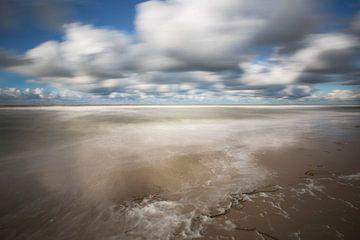 Zee in beweging van Astrid Volten