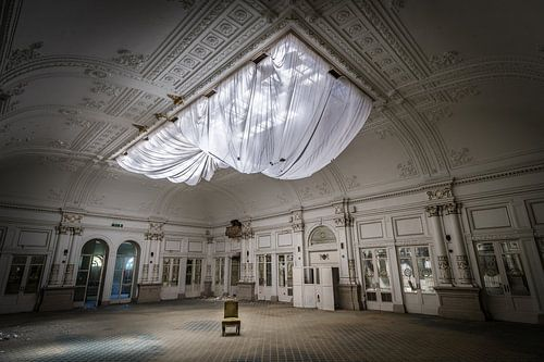 Grote zaal in hotel van Inge van den Brande