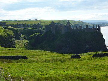 Belfast Ruins von Simone van der Heide