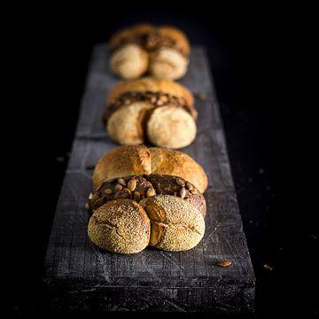 Stilleven brood, plukbrood van Saskia de Wal