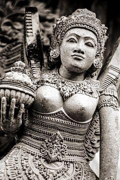 Bali Statue - Analoge Fotografie! von Tom River Art