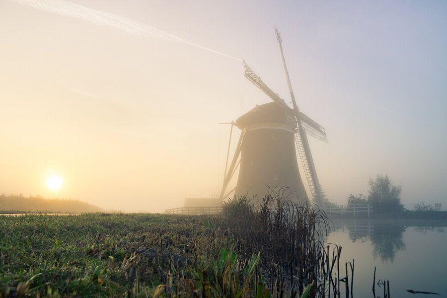 Molen in de mist van Jordy Kortekaas