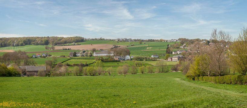 Panorama van Epen in Zuid-Limburg van John Kreukniet