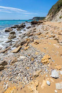 Griechische Landschaft Küste Strand Felsen und Berge von